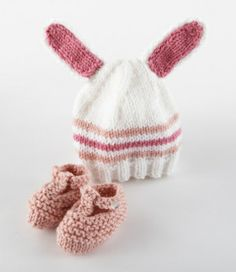 Knitted Bunny Hat and Booties for Baby (Free Pattern)