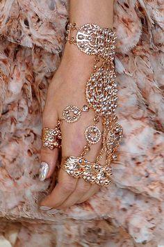 fashion weeks, paris fashion, rosegold, accessori, design jewelri