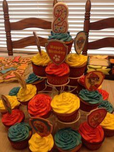 Paw Patrol Cupcakes Toppers printed from nickjr.com