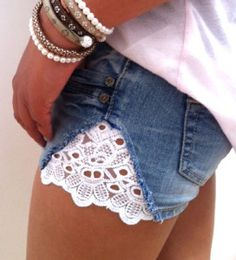 "DIY jeans shorts with lace. I wonder if I could figure out a way to turn some of those old favorite jeans of mine from before babies (the ones that don't fit anymore) into these to where they don't look like the nasty ""cheek show-r's"" (as my dad calls em) hmmmmm now im brain stormin lol"