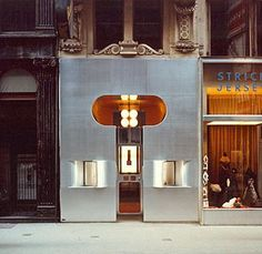 Retti candle shop, 1965-66, Vienna. Hans Hollein