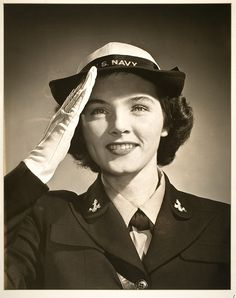 U.S. Navy WAVES, Woman Accepted for Volunteer Emergency Service 1942 ~