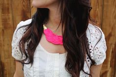 Neon Braided Necklace DIY (it's made using parachute cord!) braided necklace diy, statement necklaces, diy tutorial, rope necklac, braid rope, diy necklace, diy project, parachute cord, necklac diy