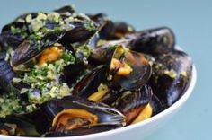 Thai Steamed Mussels (great for all phases)