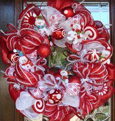 holiday, christmas wreaths, decomesh, christmas deco, snowman wreath, candi, candy canes, deco mesh wreaths, ribbon wreaths