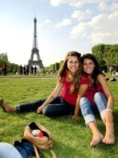 Check out these 9 great tips to prepare for your study abroad experience!