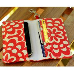 Smart Phone Wallet Or Cell Case. I must make this!!