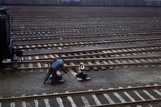 Shorpy Historical Photo Archive :: Proviso Yard Switchman: 1943