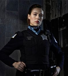 Her new role as a cop and her favorite spots in chicago chicago pd