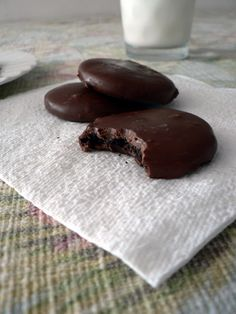 Homemade Girl Scout Cookies, thin mint recipe