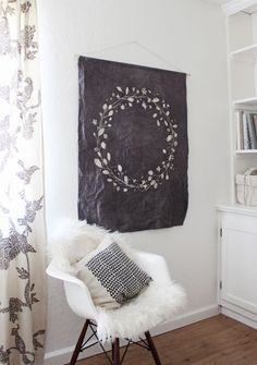DIY Tapestry - super cool - really wanna try this