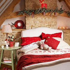 Country Christmas Home      The image is at:   ourlittlenestonthelake.blogspot.com/2011/12/country-christmas-...