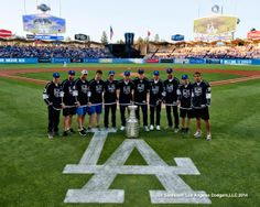 A bunch of LA Kings players came out to Dodger Stadium yesterday with the Cup in tow, pic via Jon SooHoo/LA Dodgers 2014. dodger 2014, la dodger, los angel, la king, king dodger, hockey life