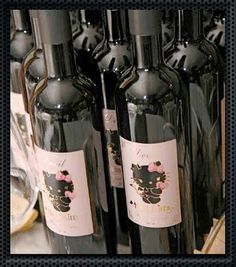 """Hello Kitty """"Little-Devil"""" Wine from Italy"""