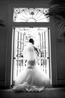 Classic Carolina Inn Wedding: http://www.stylemepretty.com/little-black-book-blog/2014/08/22/classic-carolina-inn-wedding/ | Photography: Walters & Walters - http://www.waltersandwalters.com/