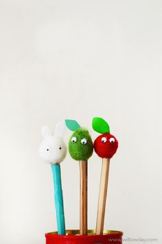 Make Apple and Pear Pompom Pencils | willowday