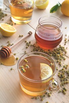 Chamomile Hot Toddy Recipe // HonestlyYUM lemons, syrup, toddi recip, hot toddi, juices, chamomil hot, chamomil honey, drinks alcohol, hot toddy