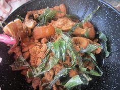 Chicharron con yuca comida tipica de Honduras