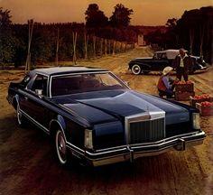 1977 Lincoln Continental Mark V.