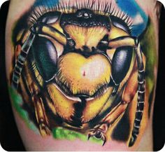Bee head by Rich Pineda  #InkedMagazine #tattoo #inked #tattoos #bee #insect #ink #stream