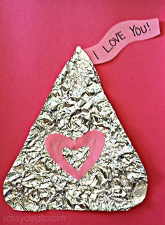 Tin foil hershey's kiss craft for kids on Valentine's day! Easy DIY art project for a gift or card. | http://www.sassydealz.com/2014/01/hershey-kiss-craft-for-kids-valentines.html