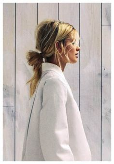 jacket, poni, messy hair, casual hair, braid, blonde highlights, messy buns, hairstyl, knot