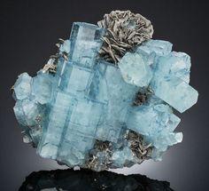 Aquamarine and Muscovite - Pakistan