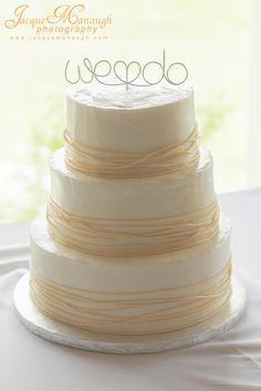 Modern wedding cake topper // OneWed