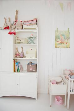 Lovely white and pastels nursery