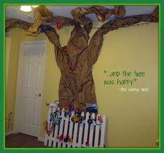 Paper Tree Tutorial for child's room, playroom, or classroom.