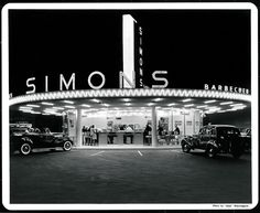 Simon's drive-in, Wilshire Boulevard and Fairfax; Photo by Dick Whittington.