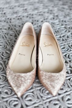 Beautiful wedding flats! These are pretty!