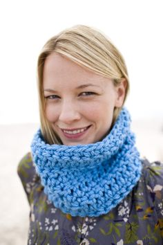 Yorkshire Cowl free pattern from Lion Brand Yarn Co