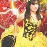 Vestido de quince Emo de Alfredo Rodríguez en amarillo - Emo fifteen dress by Alfredo Rodríguez in yellow