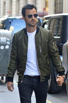 Justin Theroux Style: Green Leather Jacket + White Tee + Jeans + Aviators http://www.pinterest.com/tiffanymcivor/mens-fashion-top-picks/
