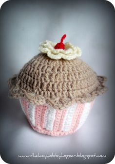 Crochet Cupcake - full tutorial and pattern
