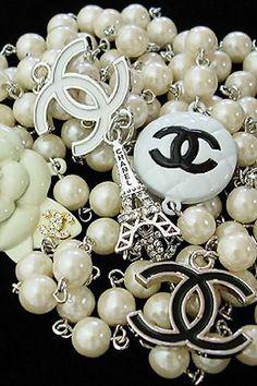Vintage Chanel Pearl CC Logo Necklace