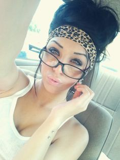 Leopard headband with a messy bun<3<3