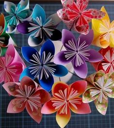 DYI paper flower book pages | paper-flowers