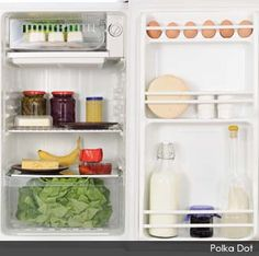 27 Ways to Make Your Groceries Last as Long as Possible http://articles.mercola.com/sites/articles/archive/2013/03/25/food-storage-tips.aspx?e_cid=20130325_DNL_art_2_source=dnl_medium=email_content=art2_campaign=20130325 #KnowledgeIsPower! #AwesomeTeam♥☮