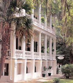 The Rhett House Inn in Beaufort SC