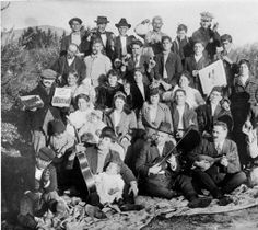 Modugno and Fusano families of San Fernando, circa 1918. The families were olive growers, owned a cannery and made olive oil. Christopher Fusano and Pasqule Modugno came to the Valley in 1906 from Bari, Italy. San Fernando Valley History Digital Library.
