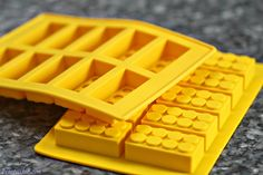 Make Lego block ice cubes!!!