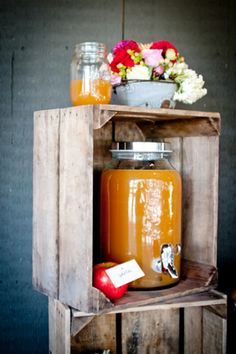 apple cider station #wedding