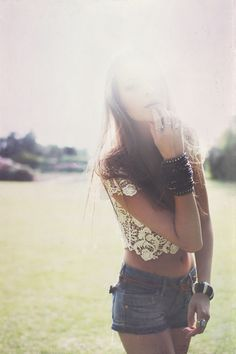 posing, love the style, sunlight