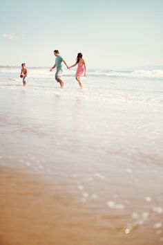 Family at the beach. Chelsea Nicole Photography via Style Me Pretty