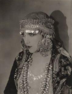 My Bohemian History Perfection! Silent film star Jetta Goudal.