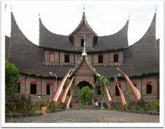 Istana Basa Pagaruyung - amazing details!