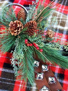 Vintage Jingle Bell: Hang it anywhere! See how it was made --> http://www.hgtv.com/handmade/20-easy-handmade-holiday-ornaments-and-decorations/pictures/page-15.html?soc=pinterest