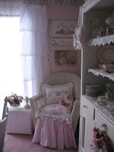 Shabby chic & pink! by aida